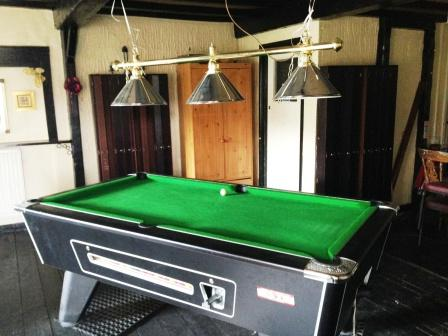 Pub pool tables swansea, french covers, snooker tables swansea, pool table recovering swansea,